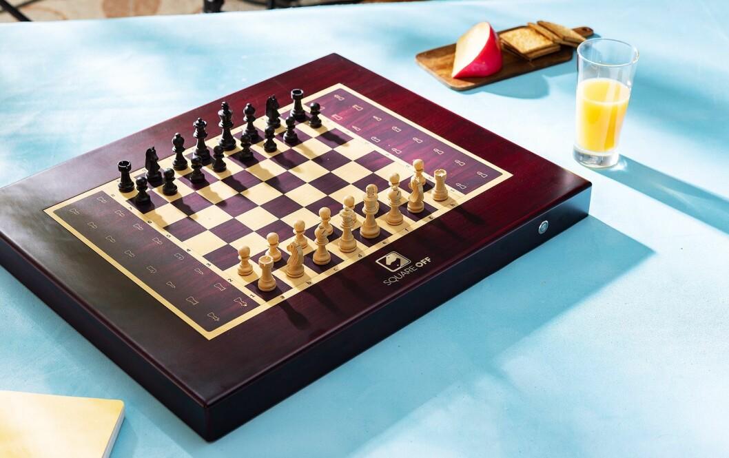 I neste generasjon innlemmes Amazon Alexa i sjakkbrettet. Foto: Square Off