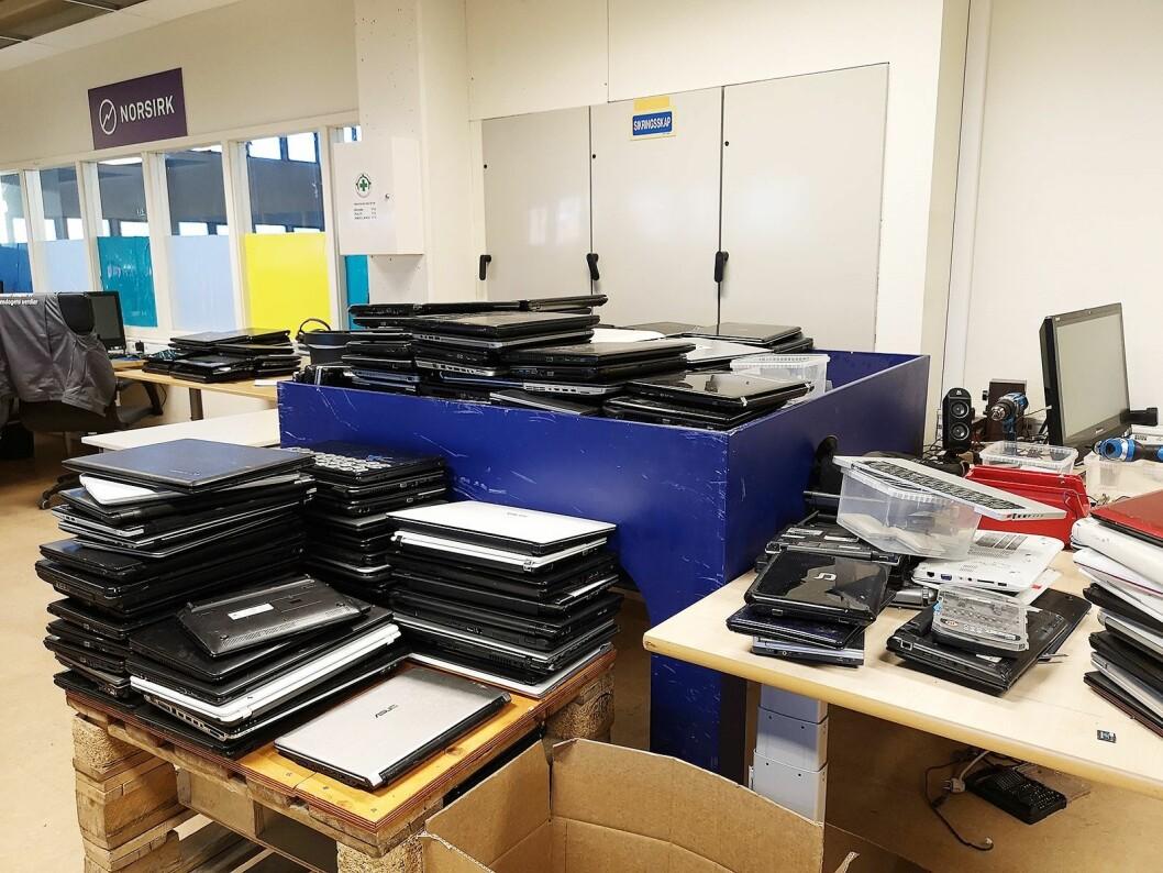 I lokalene til Oslokollega får gamle PCer nytt liv. Foto: Marte Ottemo