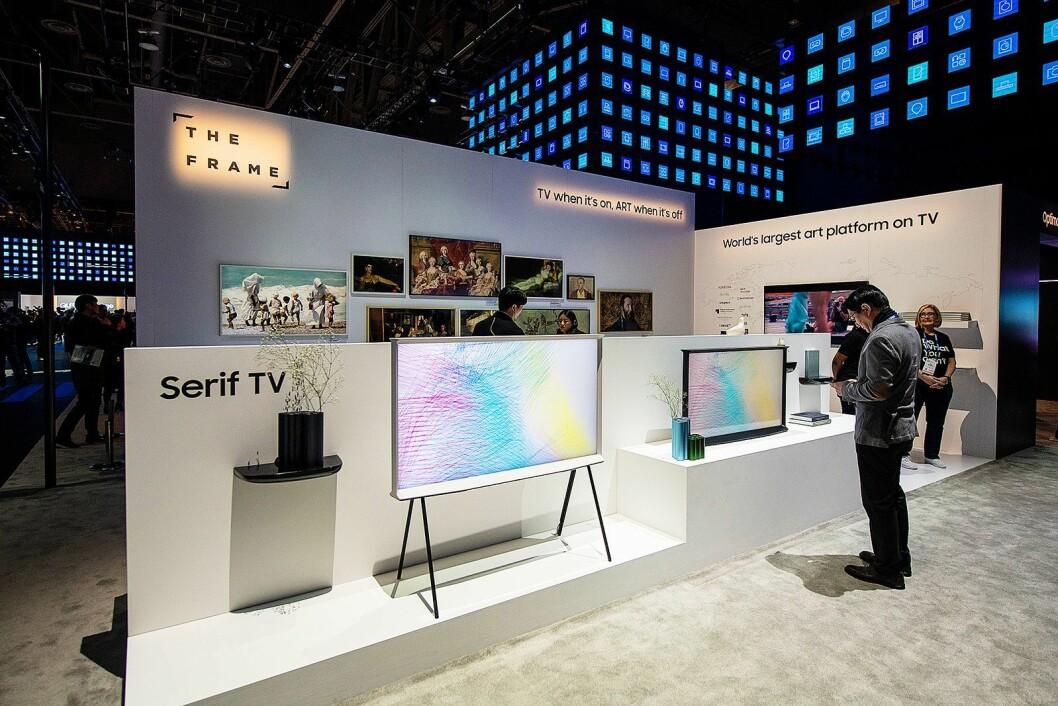 Kunst-TVen The Frame har gjort det bra i Norge, og kommer i ny versjon. I tillegg vekker Samsung design-TVen Serif til live igjen. Foto: Samsung.