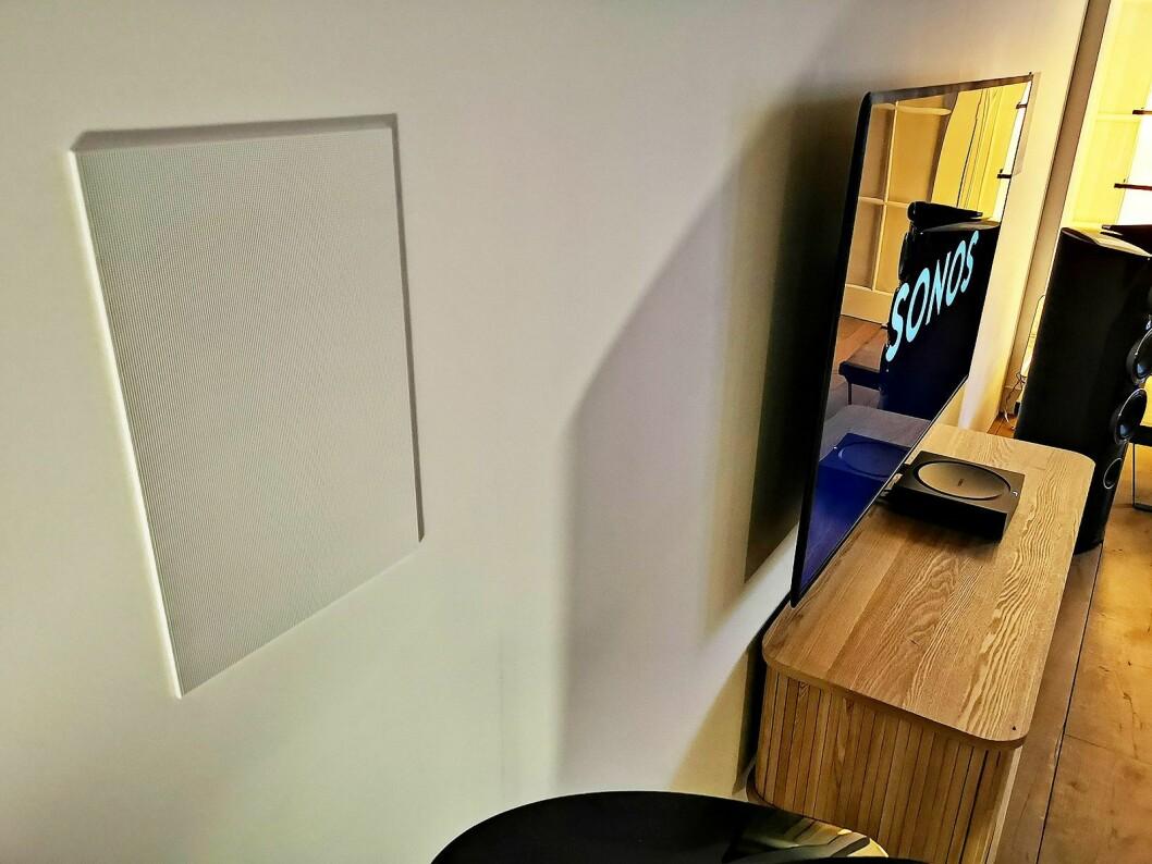 Sonos lanserer sine første innbyggingshøyttalere, i samarbeid med Sonance. Foto: Stian Sønsteng.
