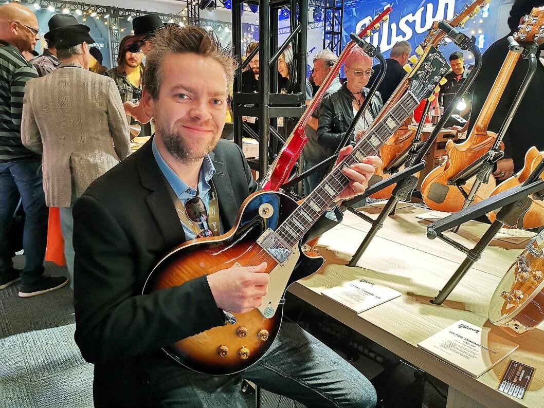 Håkon Øgreid i Luthman med Gibson Les Paul Standard 50's. Foto: Stian Sønsteng