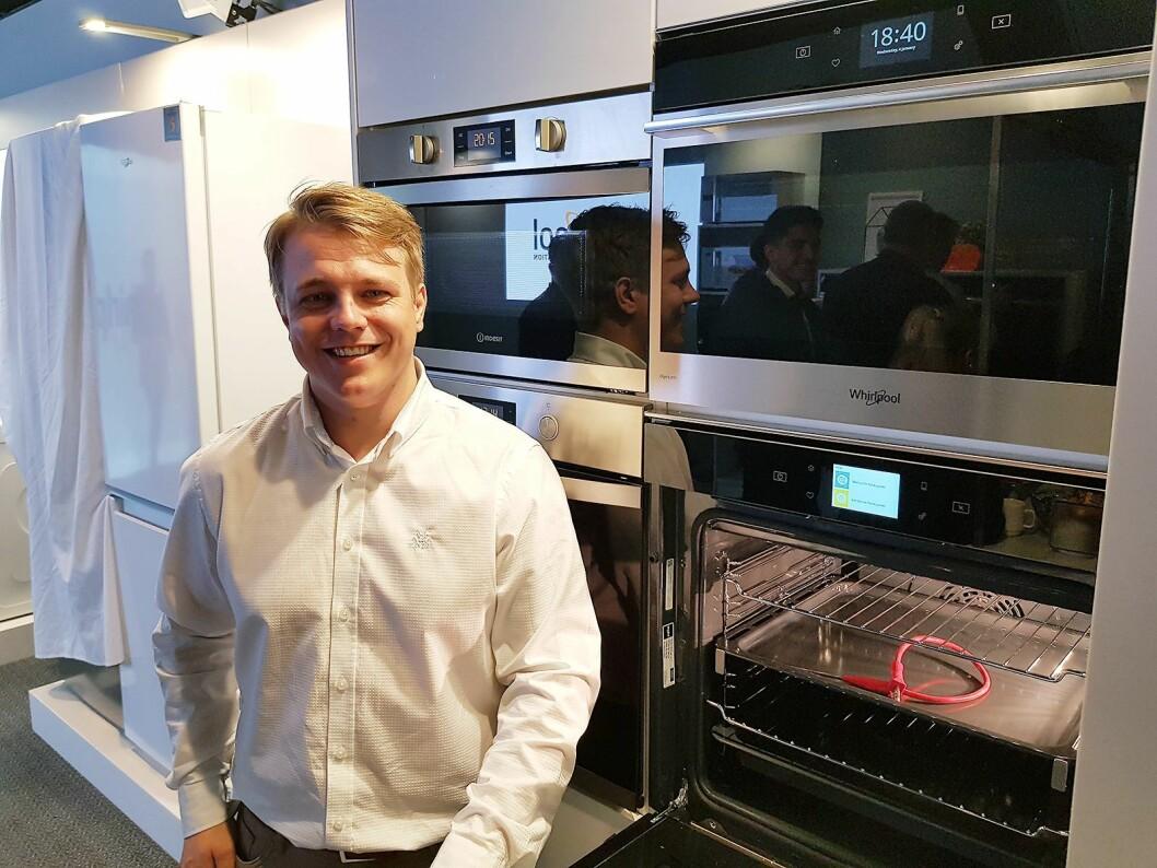 Frederic Wedeld for den nye innbyggingsserien. På bildet ses W9 modellen. Foto: Jan Røsholm