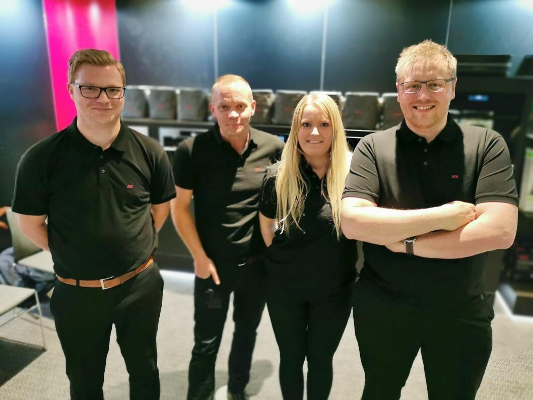 Richard Mathisen (f. v.), Lars Petter Halvorsen, Lena Ekhorn og Martin Stenberg i Electrolux, som selger AEG. Foto: Stian Sønsteng.
