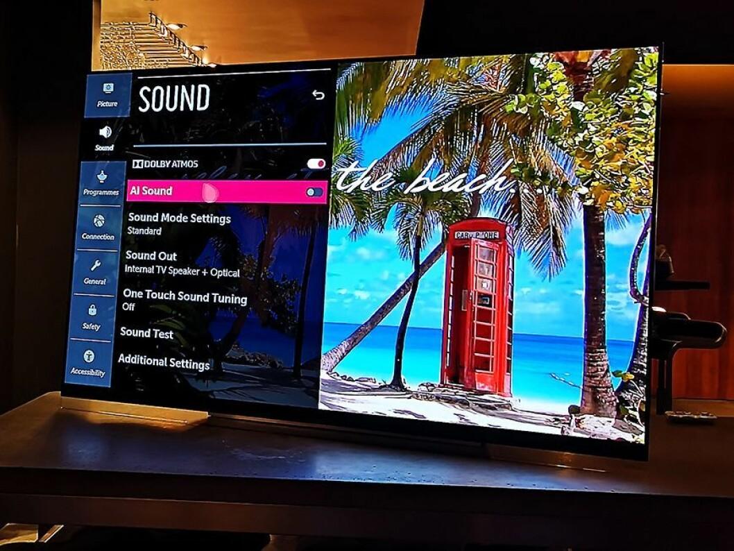 Ved hjelp av kunstig intelligens skal LG gi deg bedre lyd i TVen. Foto: Marte Ottemo.