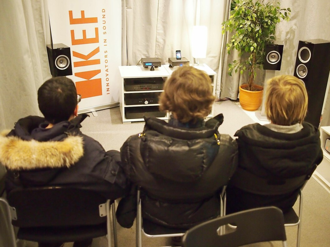 Da vi møtte de tre tiendeklassingene i 2012, var det Kef- og Nordost-leverandørene som hadde lyttekveld. Foto: Stian Sønsteng.
