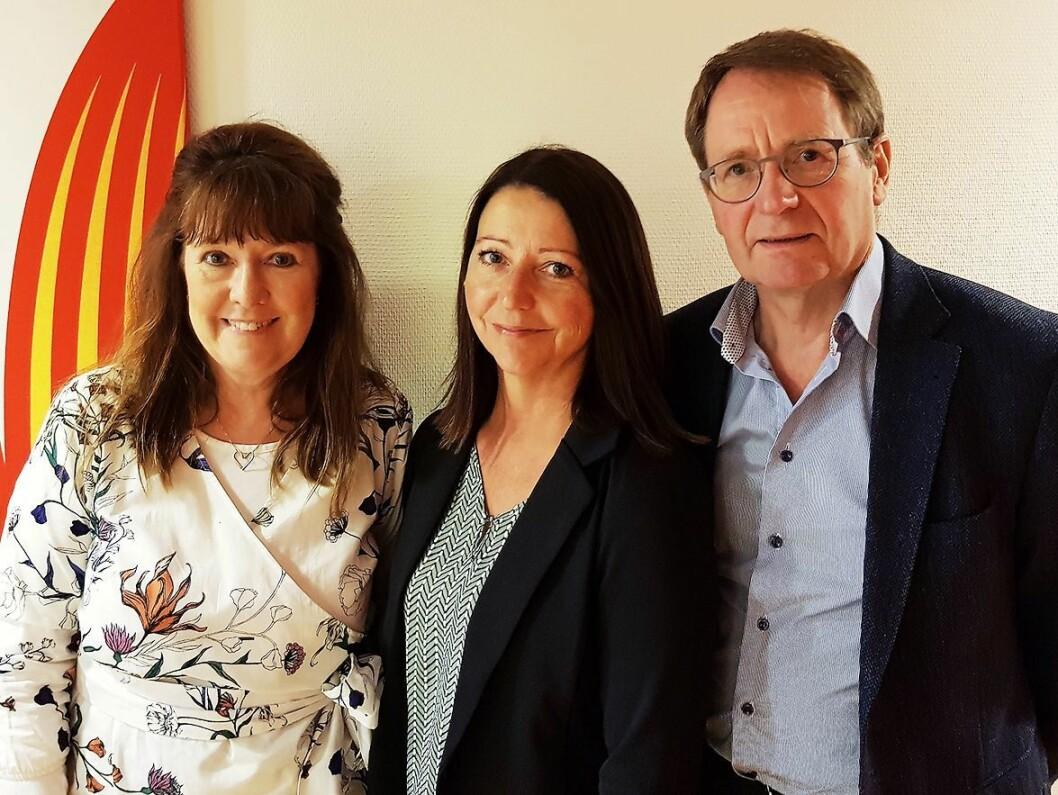 Et godt samarbeid gjennom nesten 30 år avsluttes. Fra venstre Christina Briskerud i Logiq, Elisabeth Brean i NRK og Knut Rosness i Logiq. Foto Jan Røsholm