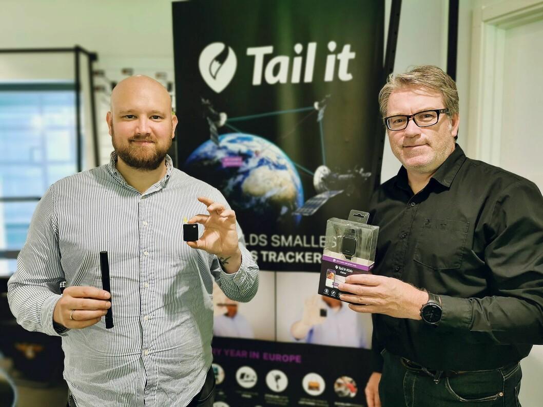 Morten Sæthre (t. v.) i Tail it Technologies AS og Bjørn Tore Johannessen fra Response Nordic AS med Bike (f. v.), Pet og Kids. Foto: Stian Sønsteng