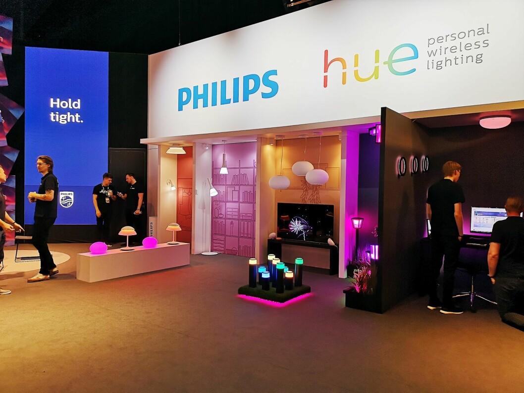 Philips stilte ut mange smarthjem-løsninger på Elkjøps Campus-messe. Foto: Marte Ottemo.