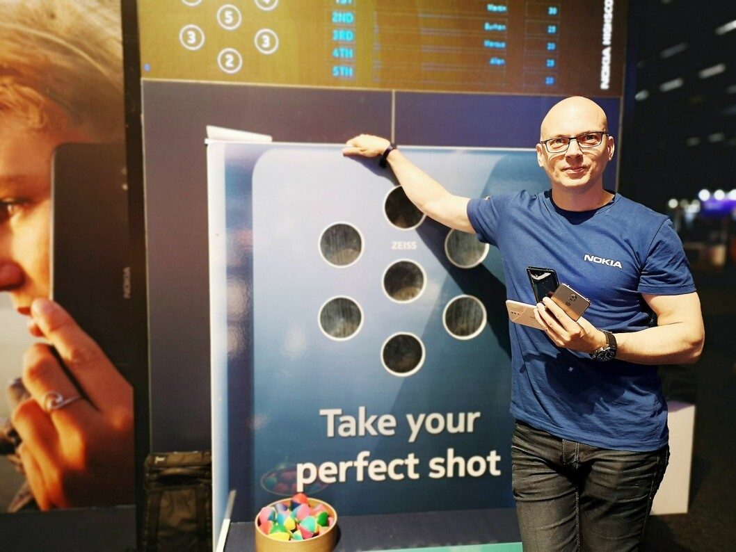 Mikko Kääriä, opplæringsansvarlig i Nokia Norden, tror de norske kundene blir stadig mer opptatt av den rene Android-opplevelsen. Foto: Marte Ottemo
