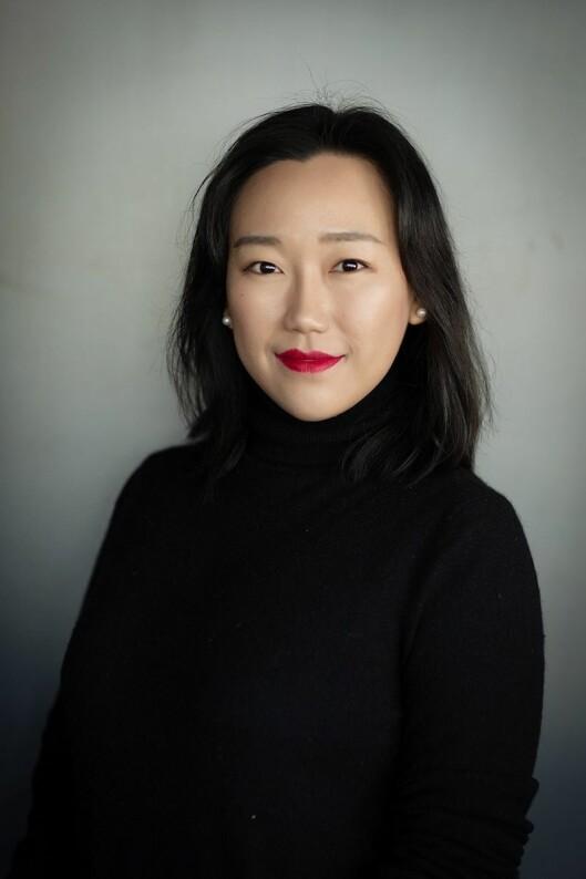 Angie Zhang, global markedssjef i Lenovo, sier selskapet har tenkt mye på personvern under utformingen av Smart Display. Foto: Lenovo.