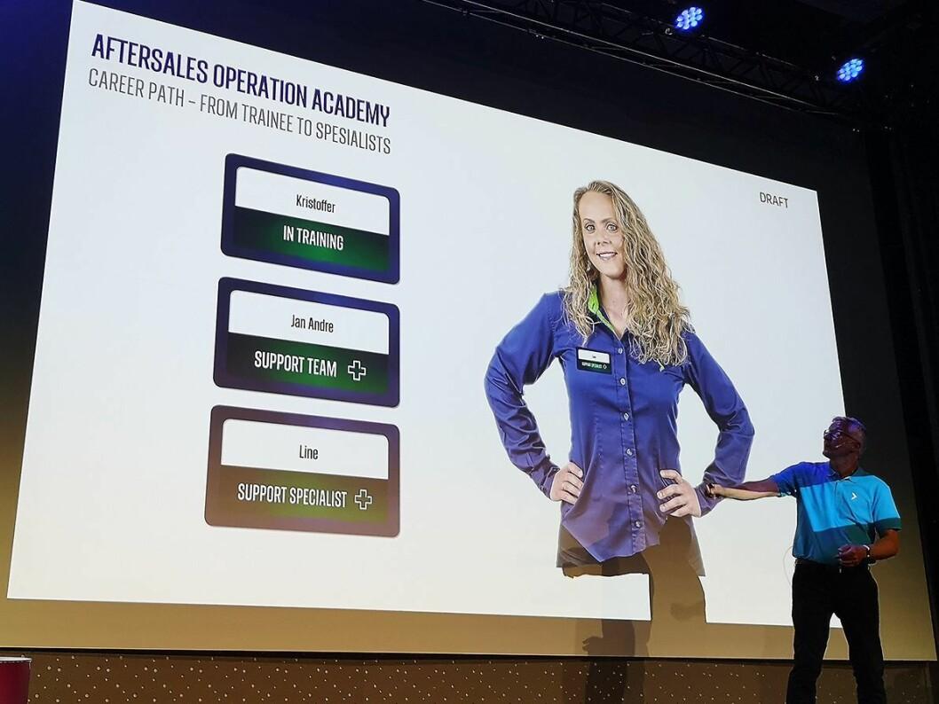 Det skjer også endreinger i Aftersales Operation Academy, og nye navnemerker til de ansatte skal reflektere kompetansenivået. Foto: Marte Ottemo.