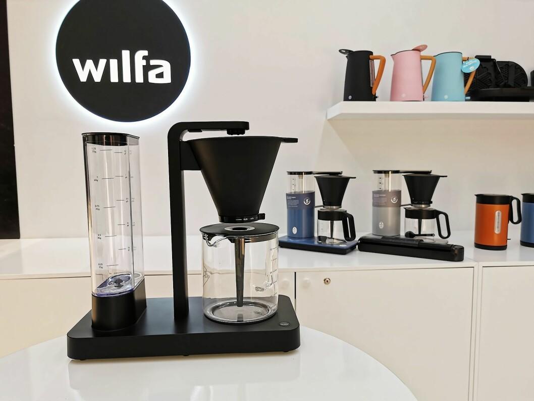 WSPL (Wilfa Svart Presisjon Light) er arbeidsnavnet på Wilfas nye kaffetrakter, som har de samme funksjonene som Svart Presisjon, men med sine 2.500 kroner vil koste en tusenlapp mindre. Foto: Stian Sønsteng.