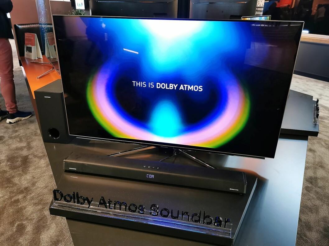 Grundigs lydplanke GSP950 har Dolby Atmos. Pris: 4.000,- Foto: Stian Sønsteng.