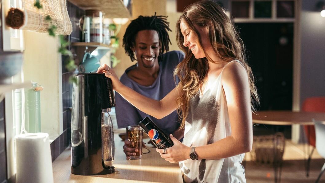 Pepsis brussmaker er nå tilgjengelig for SodaStreams brusmaskiner. Foto: SodaStream