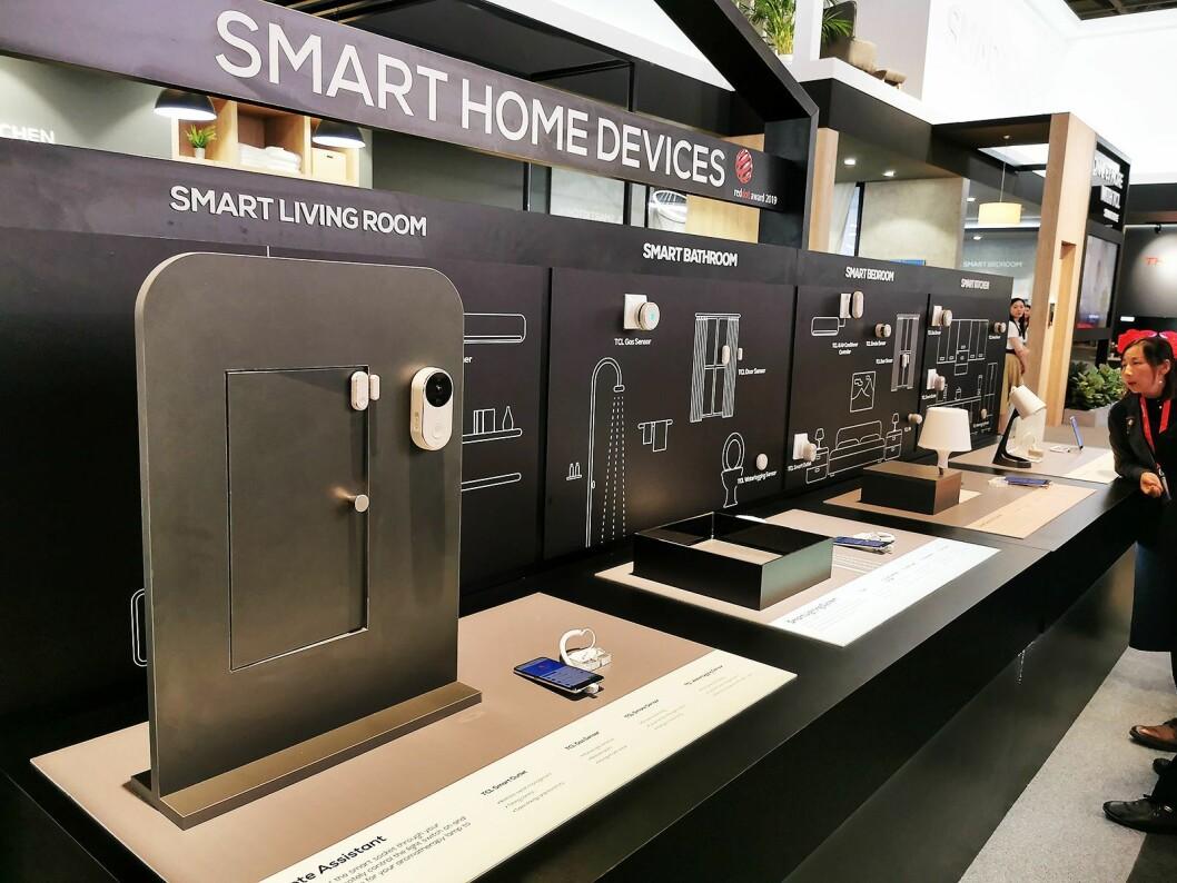 TCL har en rekke smarthjem-produkter de ønsker inn på det nordiske markedet. Foto: Stian Sønsteng.