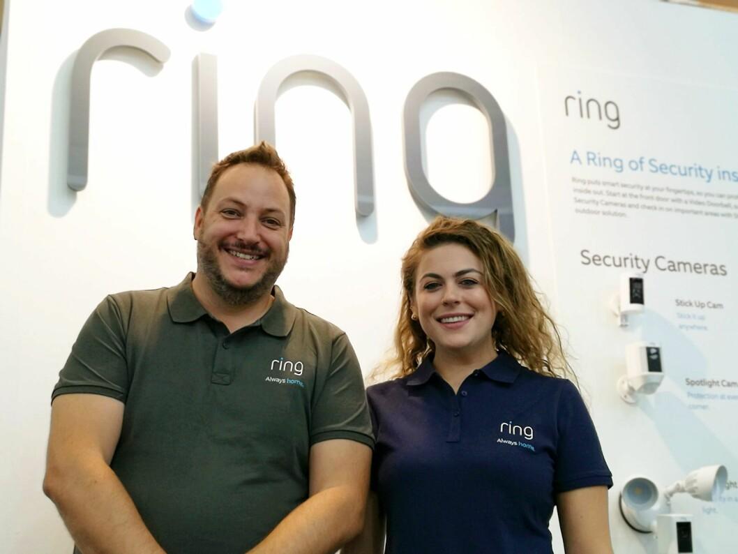 Dave Ward, europeisk produktsjef og Claudia Fellerman, europeisk kommunikasjonssjef representerte Ring under årets IFA. Foto: Marte Ottemo