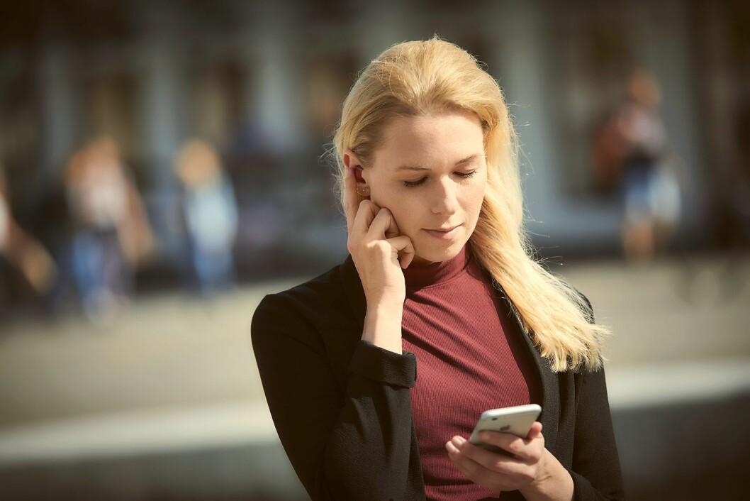 Øreproppene fra Lizn kan også brukes til å gjennomføre telefonsamtaler. Foto: Lizn.