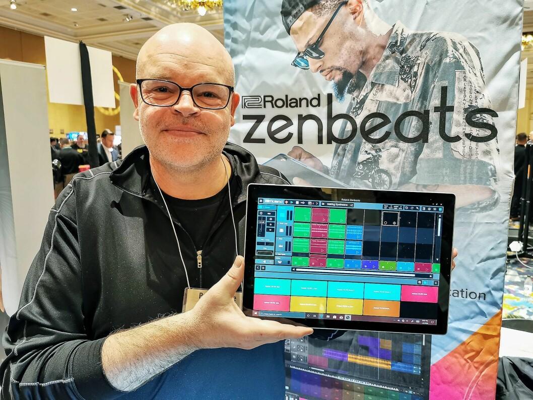 Paul McCabe i Roland med musikkproduksjonsappen Zenbeats, som blant annet inneholder signaturlydene fra Rolands egne TR-808, TR-909 og TR-707. Foto: Stian Sønsteng.