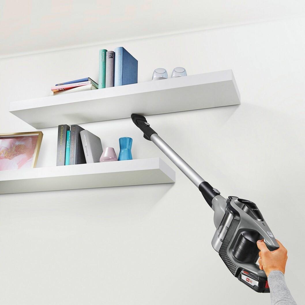 Håndholdte støvsugere gir mer fleksibilitet i rengjøringen, og blir stadig mer populært blant nordmenn. Foto: Bosch.