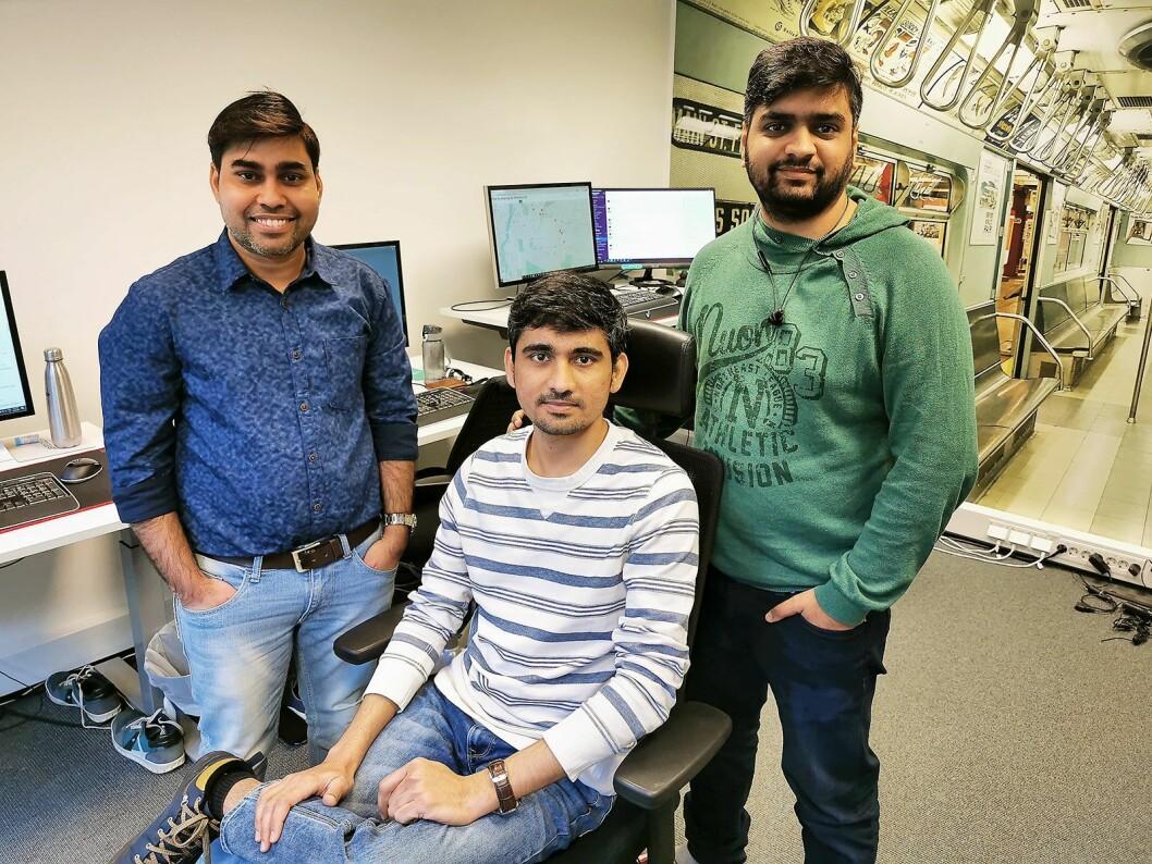 DipakTiwari (f. v.), PareshPrajapati ogChinmay Sharma utgjør utviklingsavdelingen i Autogear. Foto: Stian Sønsteng.
