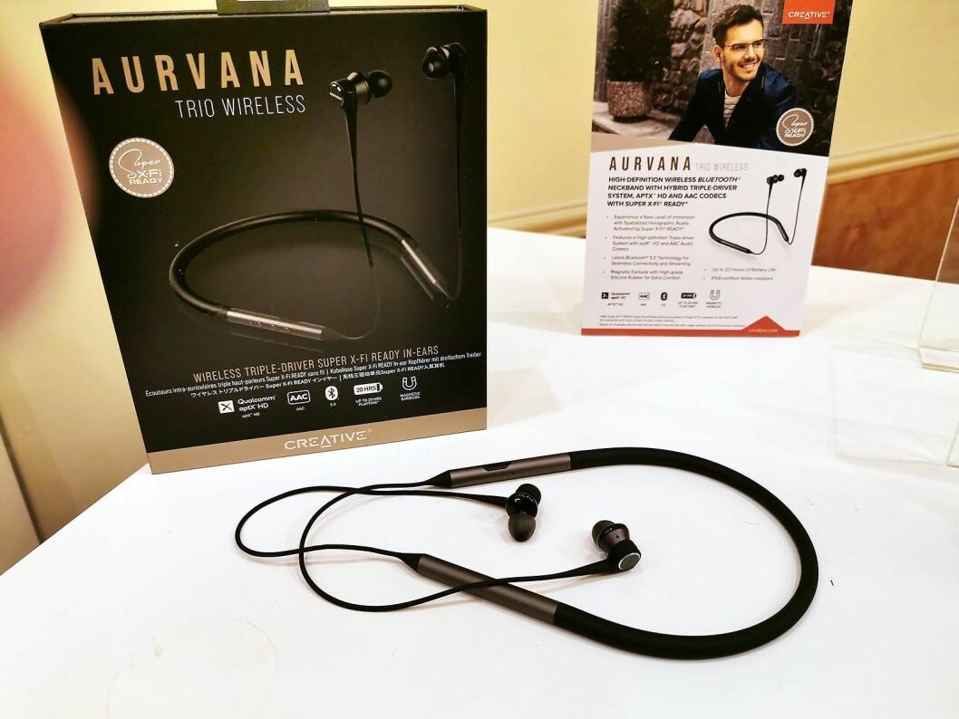 Creative Aurvana Trio Wireless er ørepropper med en bøyle som legges rundt nakken. Også disse har trippeldrivere, og en Super X-Fi-lisens følger med. Foto: Stian Sønsteng.