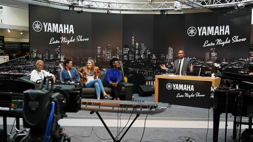 Under Musikmesse i 2018 hadde Yamaha sitt eget talkshow, som de strømmet ut i verden. Foto: Stian Sønsteng