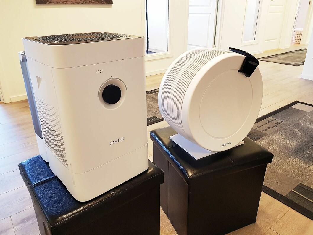 Dette er to forskjellige modeller av luftvasker. Den runde er fra Stylies, mens den til høyre er fra Boneco. Foto: Jan Røsholm.