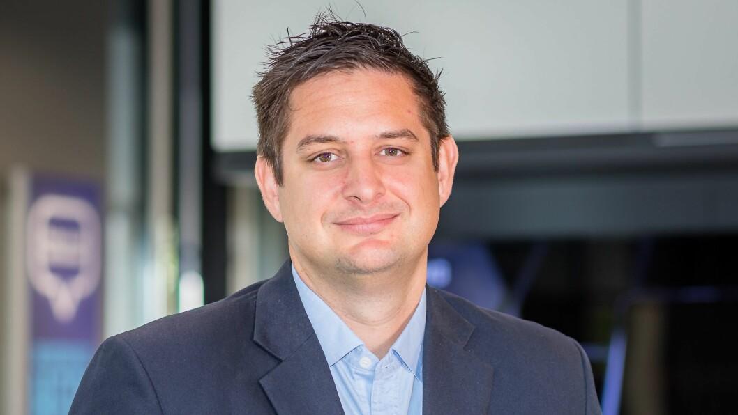 Norges-sjef i Elkjøp, Fredrik Tønnesen, sier selskapet har satt beredskapsteam for å håndtere korona-krisen. Foto: Elkjøp
