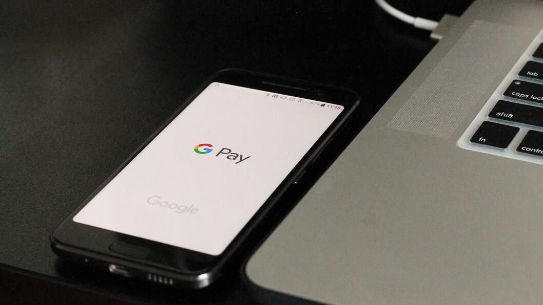 Norske kunder ligger langt nede på Adyens statistikk over bruken av digitale lommebøker som Google Pay. Foto: Matthew Kwong, Unsplash