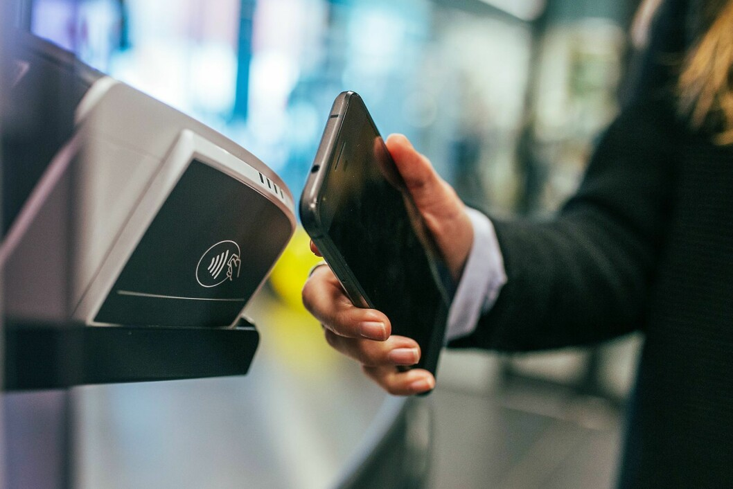 Norge, Sverige og Danmark er i verdenstoppen når det kommer til bruk av kontaktløs betaling. Foto: Jonas Leupe, Unsplash.