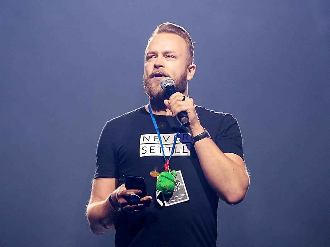 Toumas Lampen, strategisjef i OnePlus Europa, sier selskapet ser etter flere folk i Norge. Foto: OnePlus.