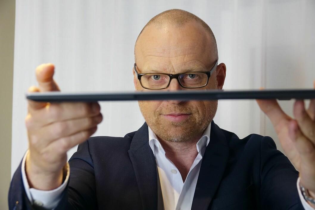 Fredrik Pantzar, sjef for oppkoblede enheter i Samsung Nordic, sier selskapet nå har fått på plass siste puslespillbit i produktkategoriene i Norden. Foto: Samsung.