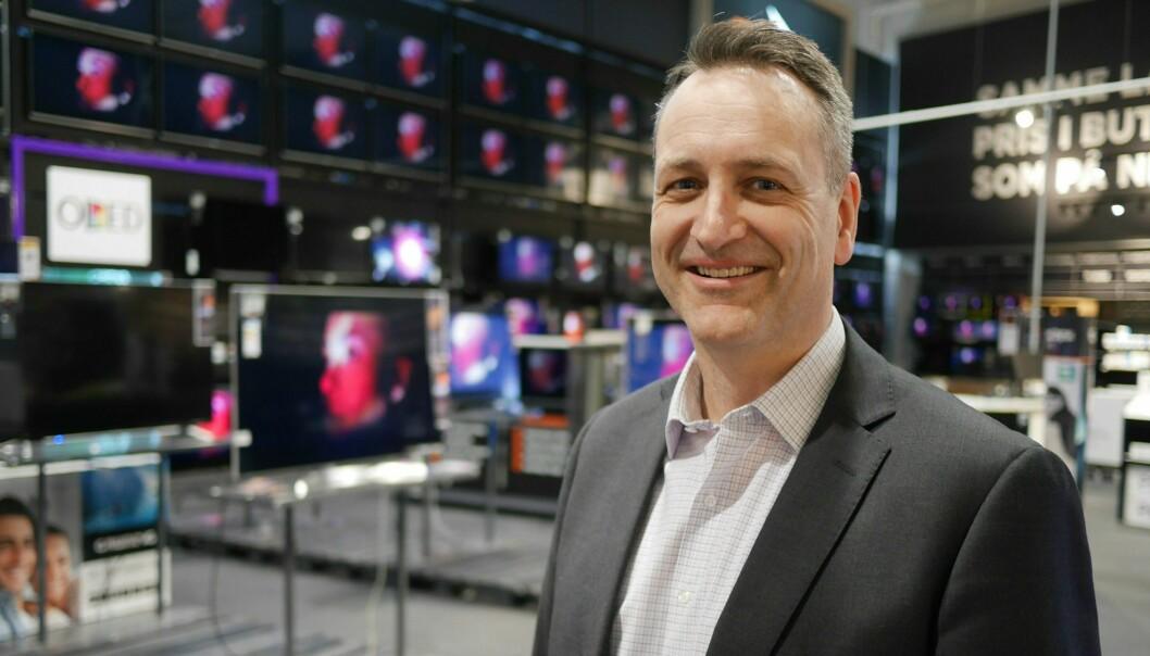 Administrerende direktør Jan Røsholm i Stiftelsen Elektronikkbransjen ser et kjempehopp i omsetningen av forbrukerelektronikk i første halvår 2020. Foto: Stian Sønsteng