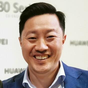 PR-sjef i Huawei Norge, Anders Bigseth, kan ikke love at P40 Pro+ kommer på det norske markedet. Foto: Stian Sønsteng.