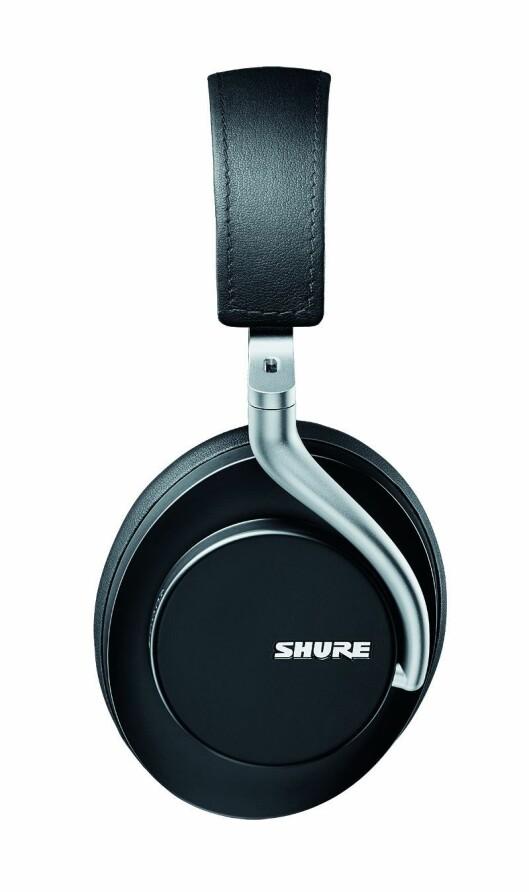 Shure Aonic 50 kommer i sort eller brun utførelse. Hodetelefonene er trådløse med aktiv støyreduksjon. Pris: 4.700,- Foto: Shure.