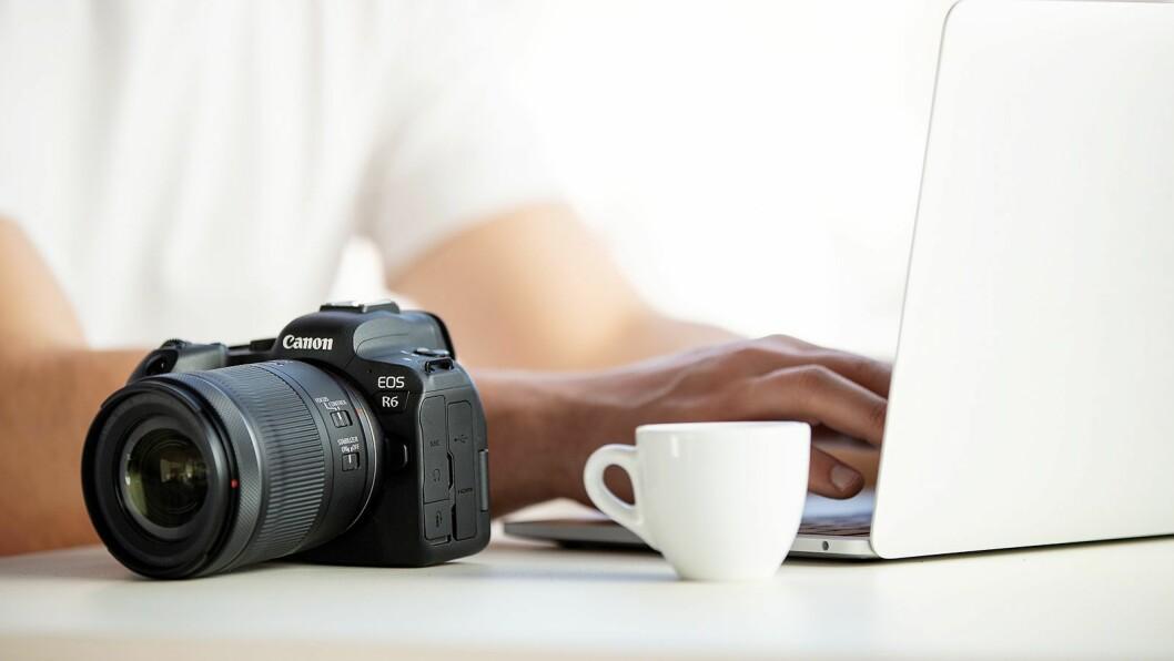 Både Canon EOS R5 og R6 (bildet) har automatisk opplasting til image.canon, for sikkerhetskopiering og videre behandling av bildene. Foto: Canon