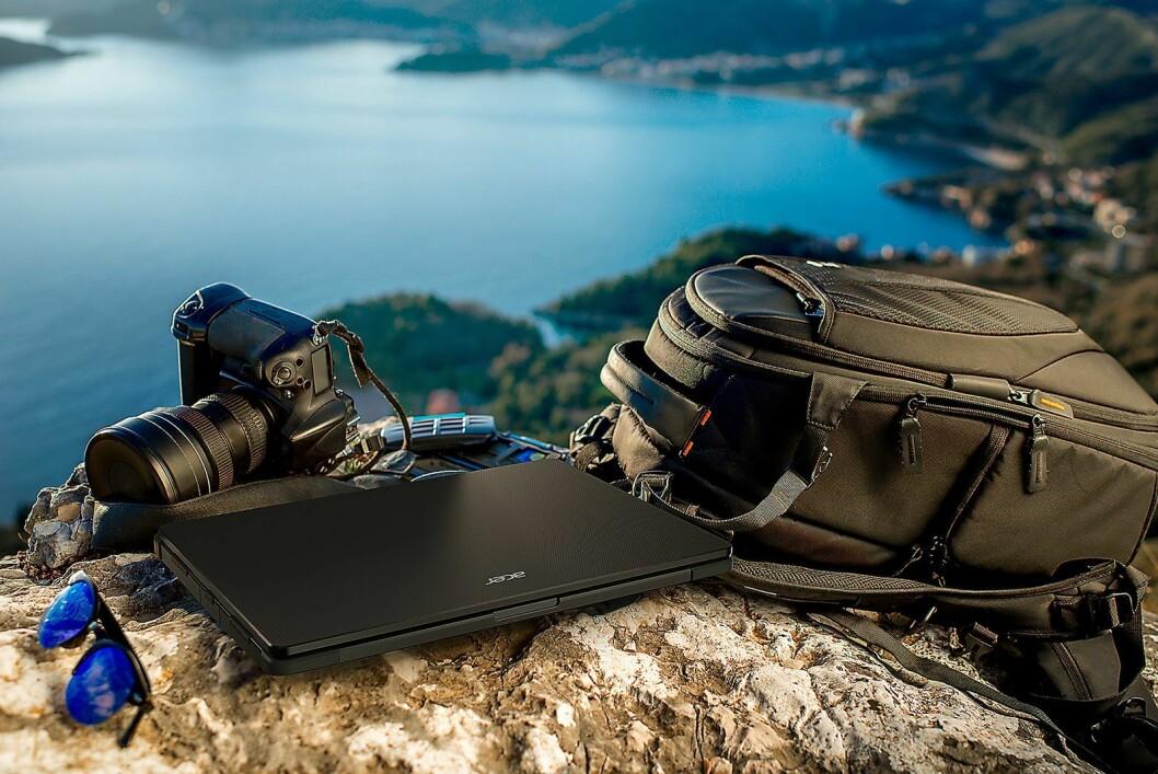 Acer Enduro N3 er en semi-rugged bærbare PC for de som trenger å jobbe i litt mer uvanlige omgivelser. Foto: Acer.