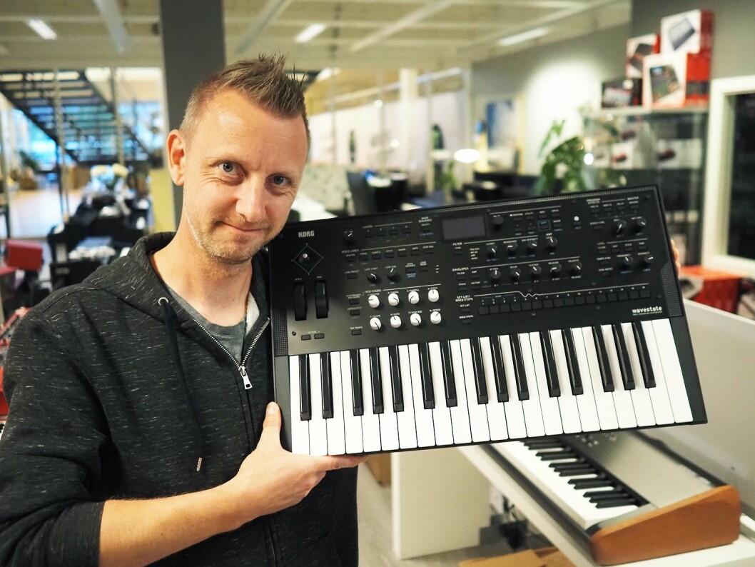 Lasse Finbråten i EM Nordic AS med Korg Wavestate. Pris: 7.750,- Foto: Stian Sønsteng