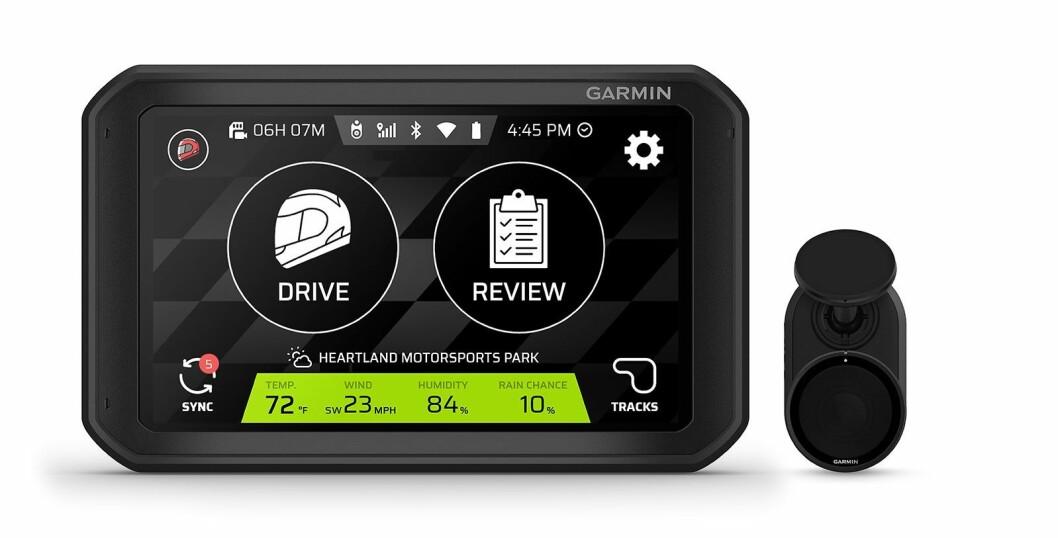 Catalyst kommer med en preprogrammert database med internasjonale racingbaner, og leveres med et kamera som tar video i HD. Foto: Garmin.
