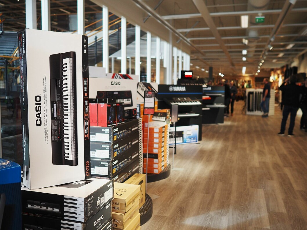 Casio er sentralt plassert når man kommer inn i 4Sound Stavangers 1.200 kvadratmeter store butikk på Forus. Foto: Stian Sønsteng.