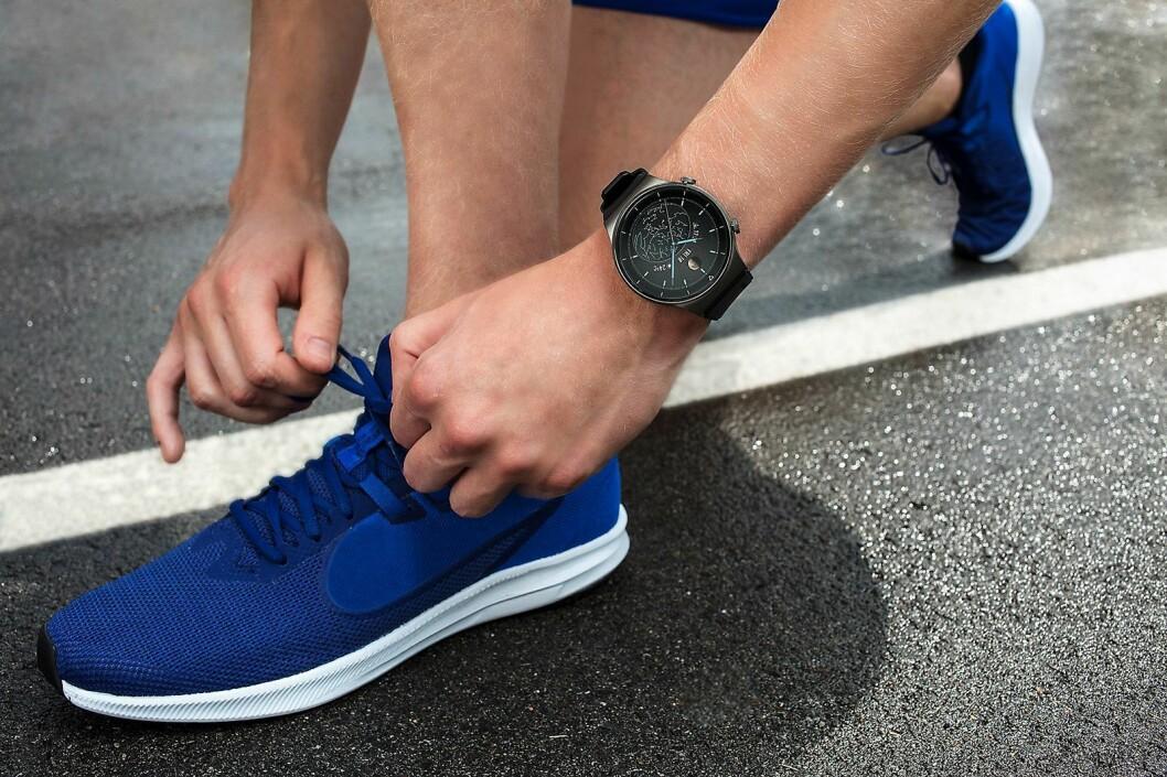 Sportsversjonen av GT2 Pro kan skilte med en reim i silikonmaterial. Foto: Huawei.