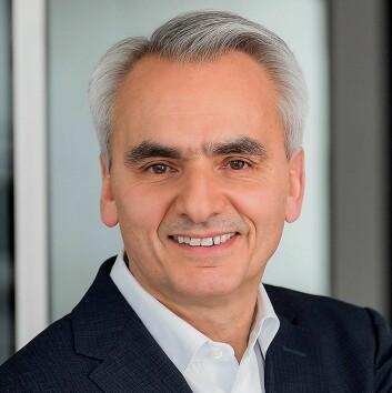 Matthias Ginthum, markedssjef i BSH, sier selskapets produksjon skal bli karbonnøytral før utgangen av 2020. Foto: BSH.