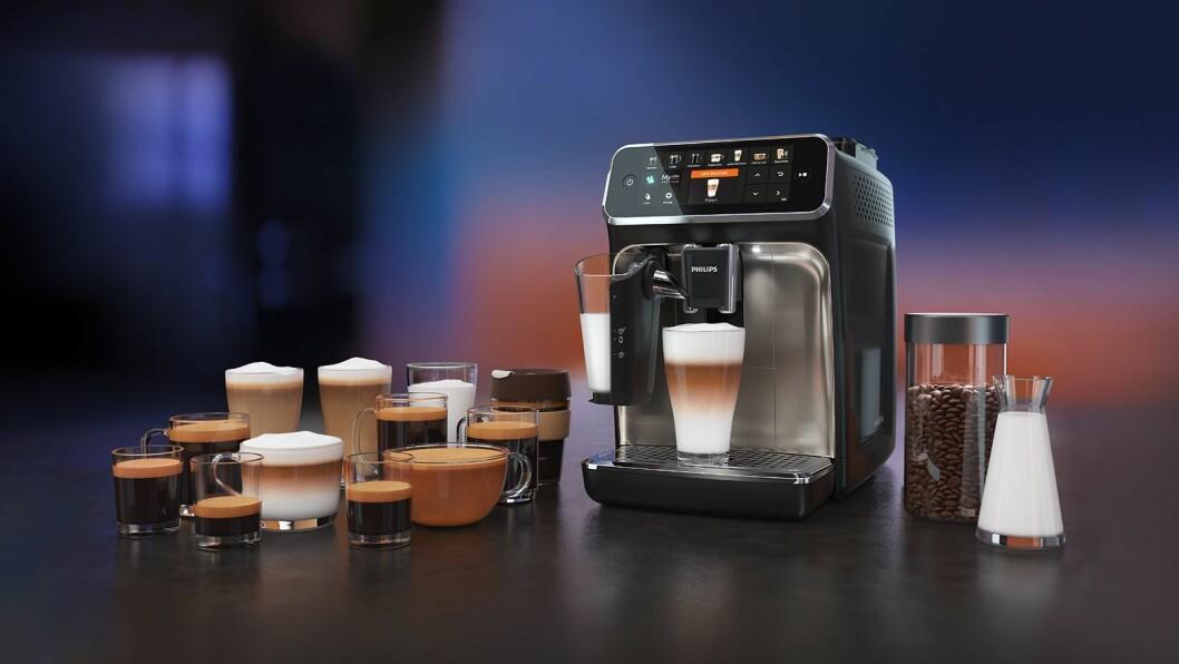 Philips' helautomatiske kaffemaskiner i 54-serien kroner har 12 forhåndsinnstilte kaffedrikker, med mulighet til å gjøre personlige innstillinger på kaffestyrken, samt hvor mye kaffe og melk man ønsker. Man kan stille inn ønsket temperatur, og lagre inntil fire profiler. Pris: 8.800,- Foto: Philips.