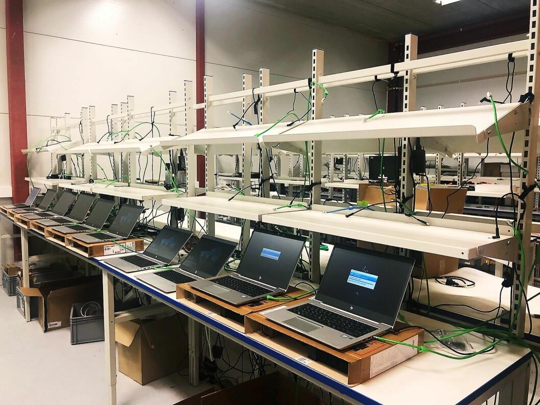 Drig estimerer at de i 2020 skal håndtere 40.000 bærbare datamaskiner gjennom anlegget i Sandefjord. Foto: Drig.