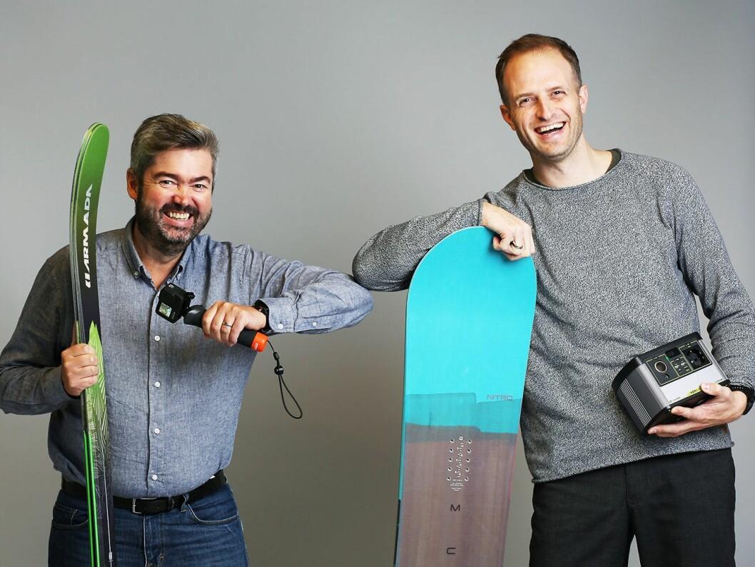 De administrerende direktørene Are Pedersen (t. v.) og Odd Arne Steffensen i Response Nordic og Beach Mountain med noe av produktporteføljen. Foto: Response Nordic