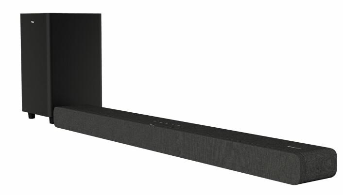 TCL presenterte også sin nye TS8132 lydplanke med Dolby Atmos. Foto: TCL
