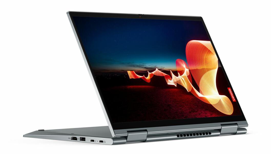 X1 Yoga Gen 6 har fått et redesign for bedre brukervennlighet, og skjermen er nå i et 16:10-format Foto: Lenovo
