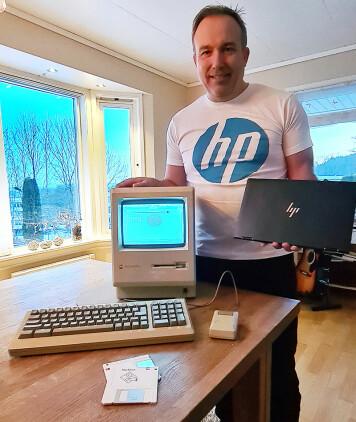 Bildet rommer nesten 40 års PC-historie. Macintosh, som ble lansert i 1984, med vindubasert brukergrensesnitt og mus, til dagens ypperste teknologi: HP Elite Dragonfly G2, lansert på CES for noen uker siden med 11th gen. Intel Core i7-teknologi. Foto: Privat