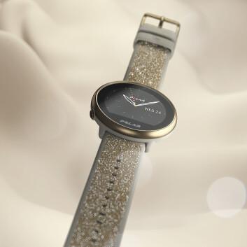 For de som vil ha mer bling i treningshverdagen, kommer Ingite 2 også med armbånd med Swarowski-krystaller. Foto: Polar