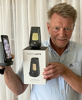 Salgssjef og medeier Roger Berg i Target United med den norske mobilladeren NightSafe. Foto: Target